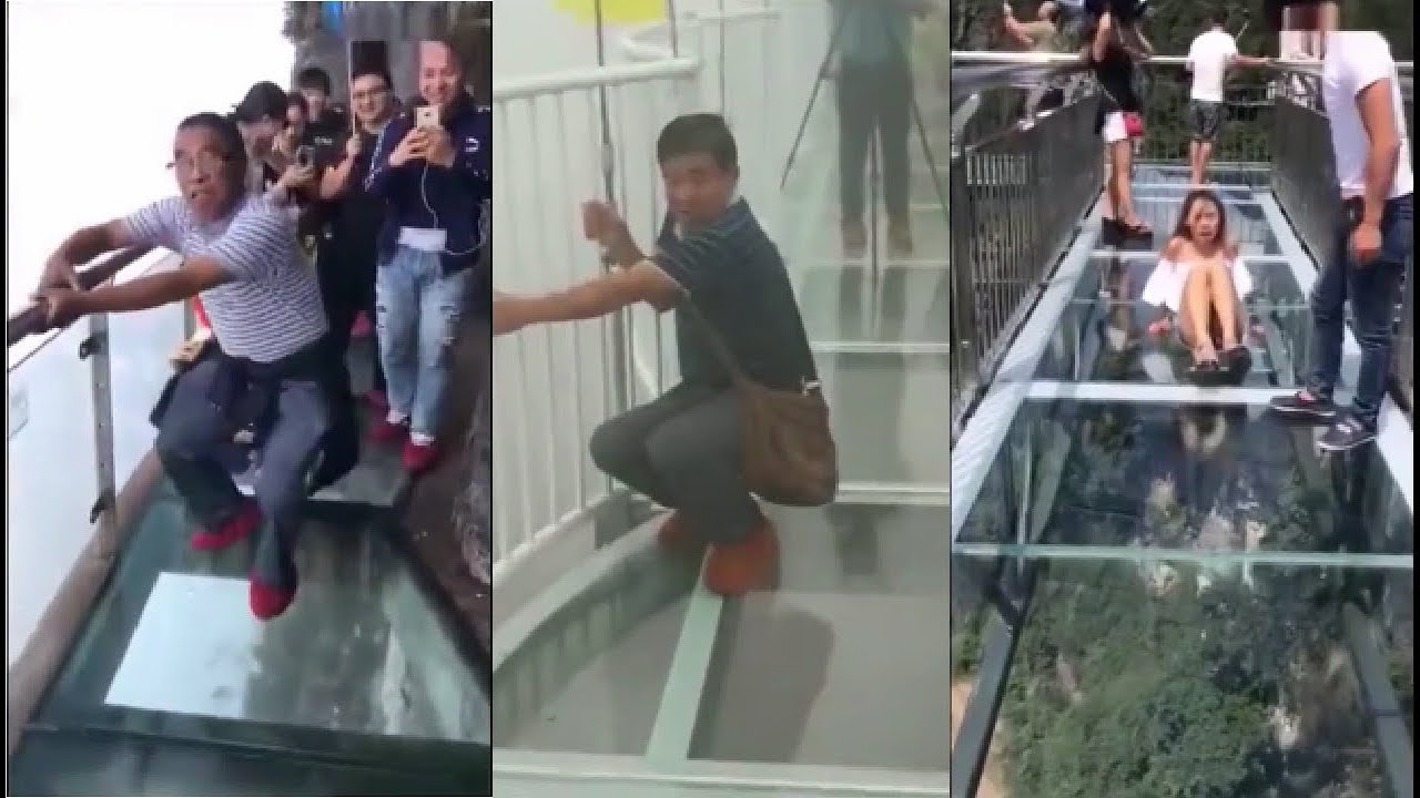 Fake Cracking Effect On a 1200m High Glass Walkway is Mean As F%&k!