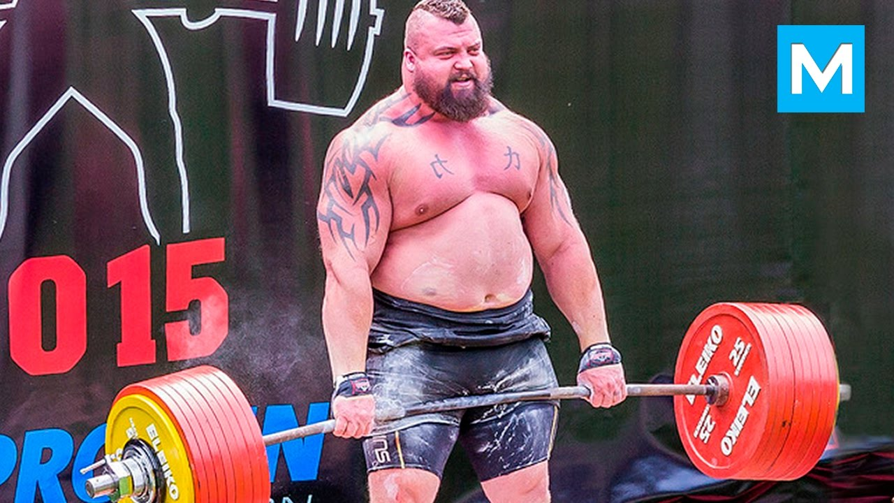 Pfft...it's not that heavy. Credit: Eddie Hall/CS Fights