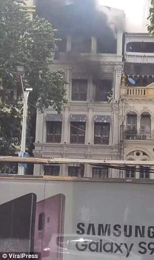 The burning building. Credit: Viral Press