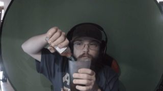 Gamer loses fallout 76 bet on Reddit and takes the loss like a fucking boss