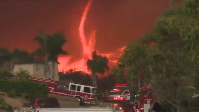 "Terrifying footage of ""fire tornado"" ripping through California looks like hell on Earth"