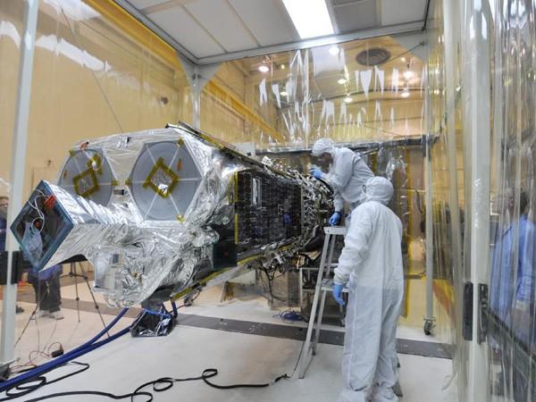 The NuSTAR Telescope. Credit: NASA