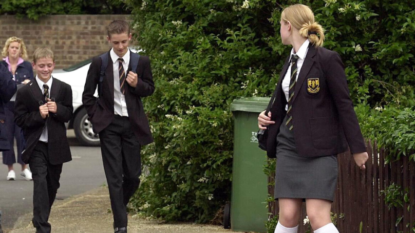 Teenager's reaction to girl getting her period on a bus has created a f*cken storm online