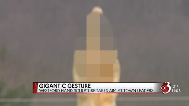 US bloke erects middle finger statue and points it directly at the local Council