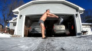 Bloke attempts boiling water trick in freezing conditions, f**ks it up