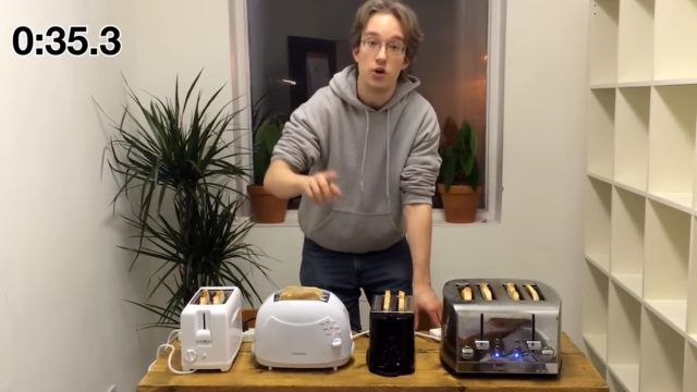 Bloke conducts experiment to work out what the f*** the dials on ya toaster mean