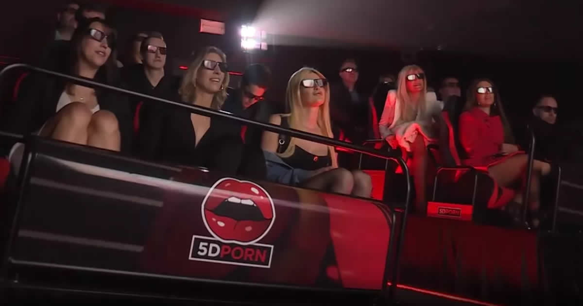 """5D """"Adult cinema"""" opens in Amsterdam, complete with air cannons, water jets and more"""