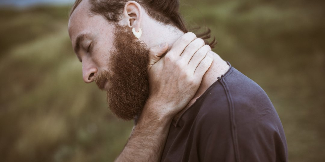 Scientific study suggests blokes with larger beards have smaller testicles