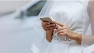 This sheila read out her cheating fiancé's text messages at the altar