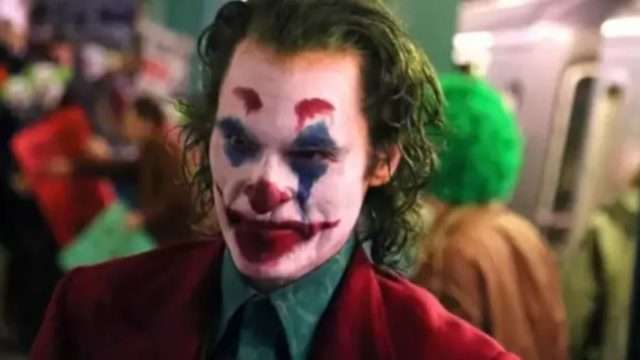 Joaquin Phoenix shows up at a screening of Joker
