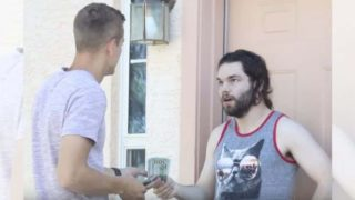 YouTuber knocks on random doors and offers to pay the rent of anyone who answers
