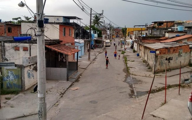 Brazilian gangs enforce Covid-19 lockdown when Government fails to act