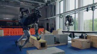 Boston Dynamics robots now do Parkour!